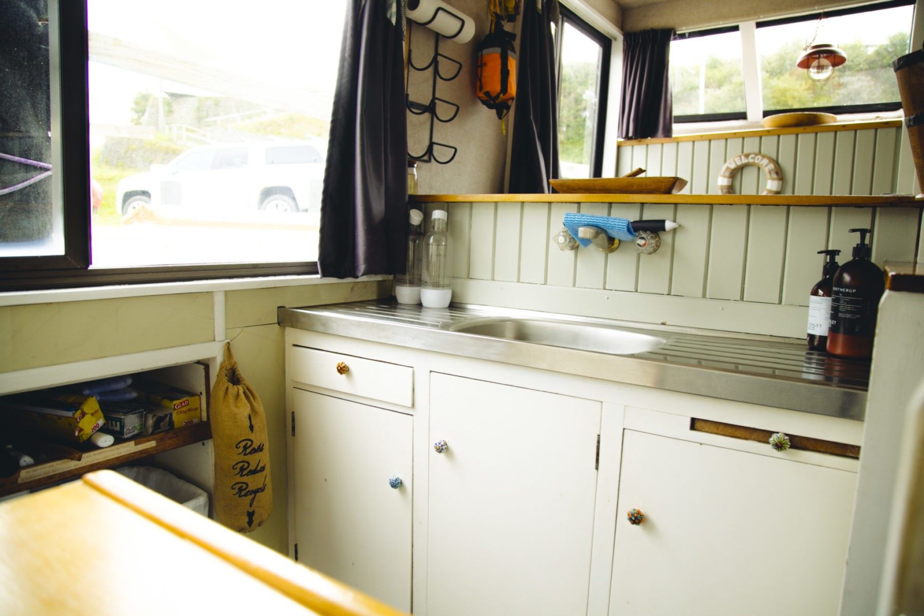 Well appointed Kitchen/Servery