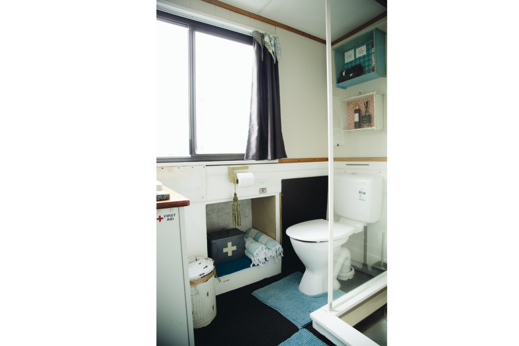 Fully contained shower and toilet facilities